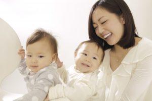 江崎グリコの液体ミルク「アイクレオ赤ちゃんミルク」の価格と販売店舗!赤ちゃんには母乳が最適