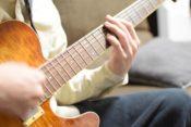 山下穂尊『いきものがかり』のギタリストの逮捕情報の噂 紅白出場バンドで 五輪のテーマソングは 2014年ソチオリンピック 「風が吹いている 」 「実話ナックルズ」は 元TOKIO・山口達也のトラブルや新井浩文の事件を いち早くスクープしていた。 強制性交の疑いで事情聴取 今回のスクープは本当なのか?