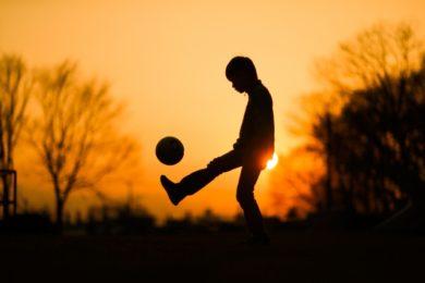サッカー日本代表ミャンマー戦の予想スタメンや放送予定とメンバー