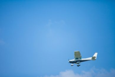 茨城県かすみがうら市で小型飛行機(セスナ)が墜落!1人は奇跡的に生存